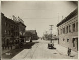 Main Avenue looking west from the 500 block, Fargo, N.D.