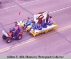 Upper Missouri Valley Fair 1983, Happy Hustlers 4-H Club, float, Williston, N.D.