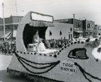 Williston Oil Discovery Day celebration parade, Patsy Joyce, Oil Discovery Day Queen, N.D.