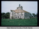 Patterson Octagonal Barn exterior view, Oakes, N.D.